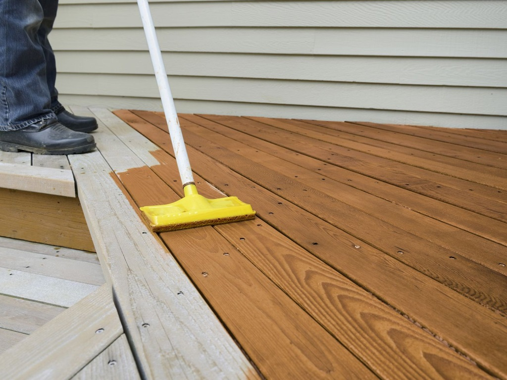 Deck Staining-1 25th June'20