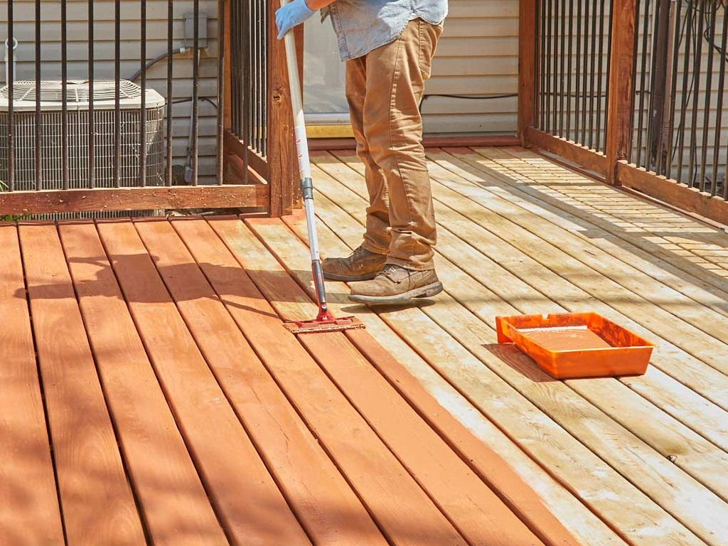 Deck Staining 25th June'20