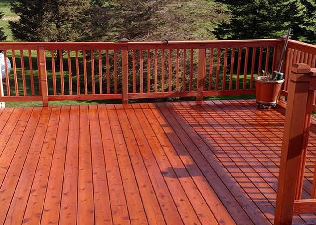 Deck Staining- 2(1)