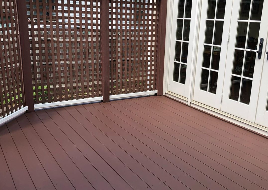 Deck Staining- 5(1)