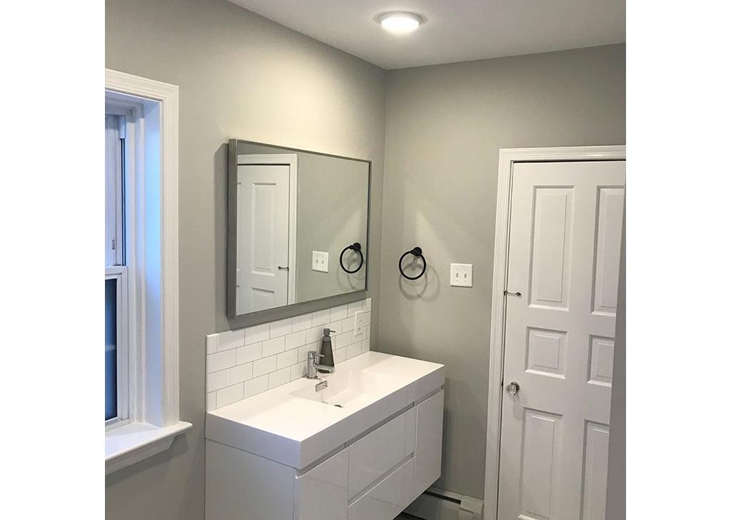 Interior Painting- (bathroom-2)
